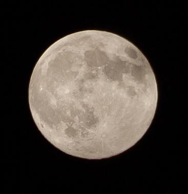 Super-moon-Jun-22-2013-as-shot